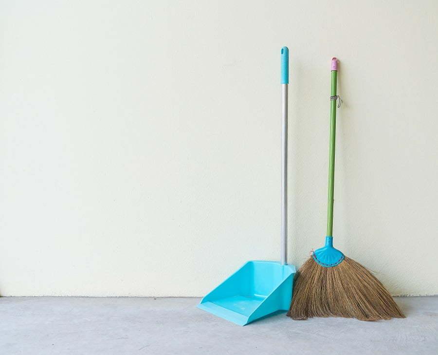 broom and bin